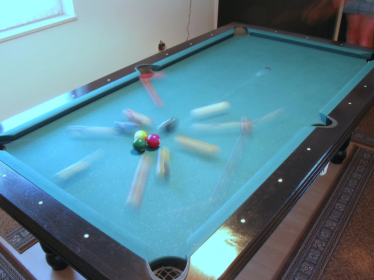 billiard-662828_1280